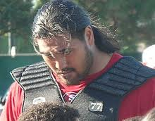 mike iupati 2
